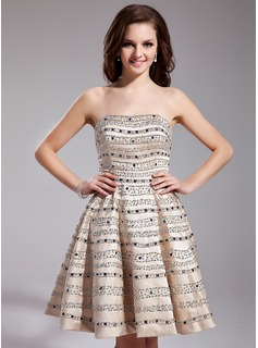 A-Line/Princess Sweetheart Short/Mini Satin Prom Dress With Beading Sequins