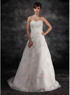 A-Line/Princess Sweetheart Sweep Train Organza Charmeuse Wedding Dress With Lace Beadwork (002016932)