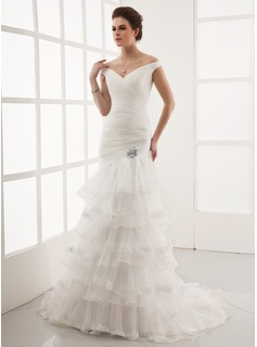 A-Line/Princess Off-the-Shoulder Court Train Organza Wedding Dress With Lace Crystal Brooch