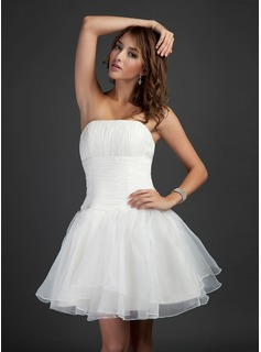 A-Line/Princess Strapless Knee-Length Organza Cocktail Dress With Ruffle (016015368)