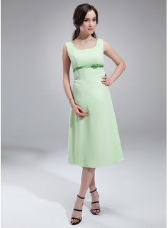 A-Line/Princess Scoop Neck Knee-Length Chiffon  Charmeuse Maternity Bridesmaid Dresses With Sash (045004418)