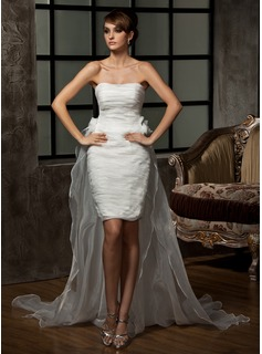 Sheath/Column Sweetheart Asymmetrical Organza Wedding Dress With Ruffle Flower(s) (002011463)