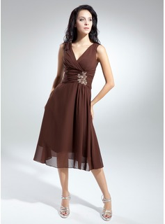A-Line/Princess V-neck Tea-Length Chiffon Mother of the Bride Dress With Ruffle Beading (008014915)