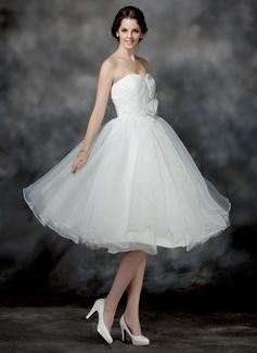 A-Line/Princess Sweetheart Knee-Length Organza Wedding Dress With Ruffle Flower(s) Sequins