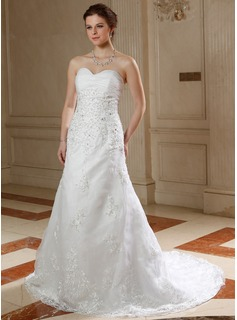 A-Line/Princess Sweetheart Court Train Organza Wedding Dress With Ruffle Lace Beadwork Sequins