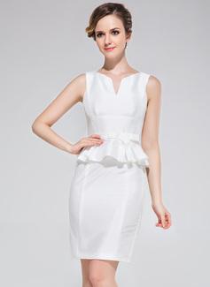 Sheath/Column Scoop Neck Short/Mini Taffeta Cocktail Dress With Bow(s)