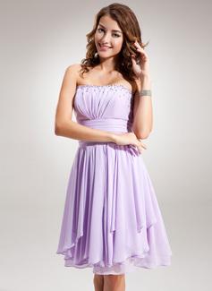 Empire Strapless Knee-Length Chiffon Homecoming Dress With Ruffle Beading