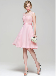 A-Line/Princess Scoop Neck Knee-Length Chiffon Lace Bridesmaid Dress With Bow(s)