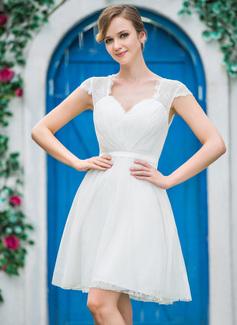 Corte A/Princesa Escote corazón Hasta la rodilla Tul Encaje Vestido de novia con Volantes