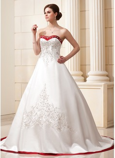 Corte de baile Escote corazón La capilla de tren Satén Vestido de novia con Bordado Fajas Bordado Lentejuelas