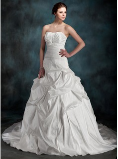 Ball-Gown Sweetheart Chapel Train Taffeta Wedding Dress With Ruffle Bow(s)