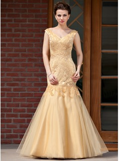 Trumpet/Mermaid V-neck Floor-Length Tulle Mother of the Bride Dress With Lace Beading