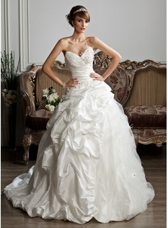 Ball-Gown Sweetheart Court Train Taffeta Tulle Wedding Dress With Ruffle Beadwork Feather Appliques (002013806)