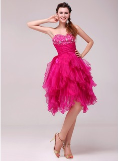 A-Line/Princess Sweetheart Knee-Length Organza Cocktail Dress With Ruffle Beading Sequins (016014036)