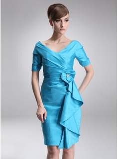 Sheath Off-the-Shoulder Knee-Length Taffeta Mother of the Bride Dress With Ruffle Beading (008006275)