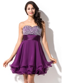 Empire Sweetheart Short/Mini Homecoming Dress With Beading