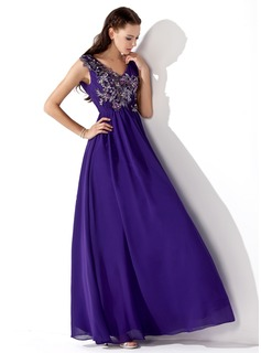 A-Line/Princess V-neck Floor-Length Chiffon Prom Dress With Ruffle Beading Appliques