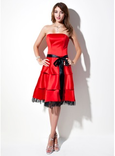 A-Line/Princess Strapless Knee-Length Satin Tulle Homecoming Dress With Sash Bow(s)