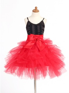 A-Line/Princess V-neck Short/Mini Satin Tulle Flower Girl Dress With Lace (010007668)