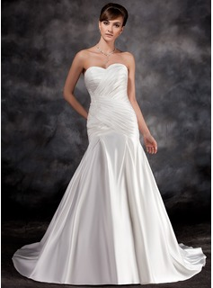 Trumpet/Mermaid Sweetheart Court Train Charmeuse Wedding Dress With Ruffle Lace
