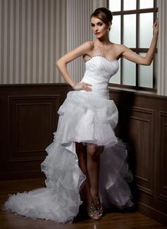 Corte A/Princesa Escote corazón Asimétrico Organdí Vestido de novia con Bordado Los appliques Encaje Cascada de volantes