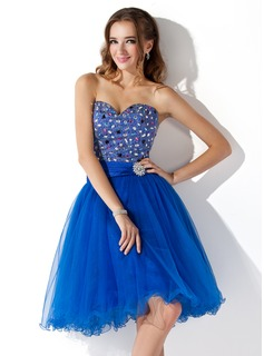 A-Line/Princess Sweetheart Knee-Length Satin Tulle Homecoming Dress With Ruffle Lace Beading
