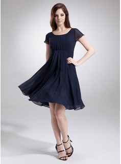 A-Line/Princess Scoop Neck Knee-Length Chiffon Bridesmaid Dress With Ruffle (007020655)