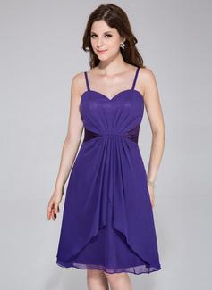 A-Line/Princess Sweetheart Knee-Length Chiffon Charmeuse Bridesmaid Dress With Ruffle