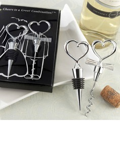 Two Hearts Wine Favor Set (052005524)