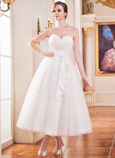 A-Line/Princess Sweetheart Tea-Length Taffeta Tulle Wedding Dress With Ruffle Flower(s)