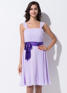 A-Line/Princess Knee-Length Chiffon Charmeuse Bridesmaid Dress With Ruffle Sash Bow(s)