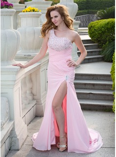A-Line/Princess One-Shoulder Court Train Chiffon Prom Dress With Ruffle Beading (018024662)