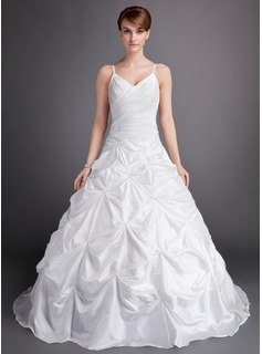 Ball-Gown Sweetheart Chapel Train Taffeta Wedding Dress With Ruffle