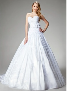 Ball-Gown Sweetheart Chapel Train Taffeta Wedding Dress With Lace Beadwork Flower(s)