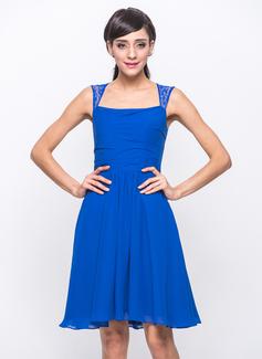 A-Line/Princess Knee-Length Chiffon Lace Bridesmaid Dress With Ruffle