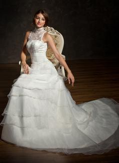 A-linjeformat Hög hals Kapell Tåg Organzapåse Satäng Spetsar Bröllopsklänning med Rufsar Pärlbrodering