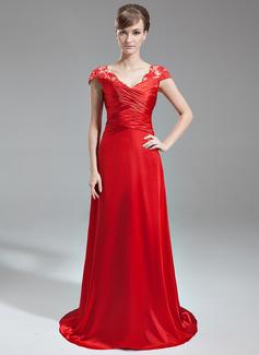 Vestidos princesa/ Formato A Decote V Sweep/Brush trem Charmeuse Renda Vestido de festa com Pregueado Bordado