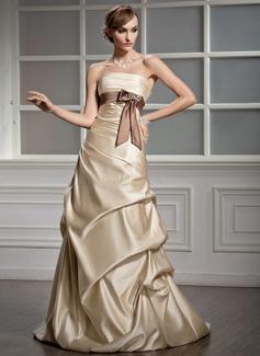 Corte A/Princesa Estrapless Tren de la corte Satén Vestido de novia con Volantes Fajas Bordado Lazo(s)