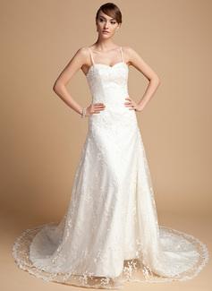 A-Line/Princess Sweetheart Chapel Train Lace Wedding Dress With Beading
