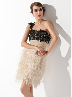 Sheath One-Shoulder Knee-Length Chiffon Lace Feather Cocktail Dress With Embroidered Ruffle (016008351)