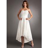Corte A/Princesa Escote corazón Asimétrico Tul Vestido de novia con Encaje Bordado (002011546)