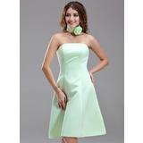 A-Line/Princess Strapless Knee-Length Satin Bridesmaid Dress (007000867)