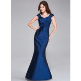Trumpet/Mermaid Sweetheart Floor-Length Taffeta Bridesmaid Dress With Ruffle Flower(s)