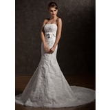 Trumpet/Mermaid Strapless Chapel Train Organza Wedding Dress With Ruffle Beading Appliques Lace Bow(s)