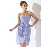 Sheath Sweetheart Knee-Length Chiffon Homecoming Dress With Ruffle Lace (022009159)