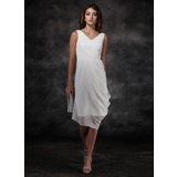 Sheath V-neck Knee-Length Chiffon Bridesmaid Dress With Ruffle (007022516)