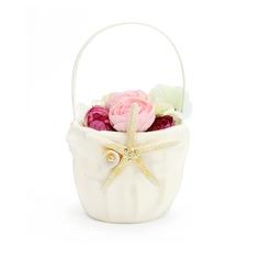 Lovely Flower Basket sisään Satiini jossa Meritähti ja Kotilo