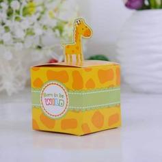 Cute Giraffe Cubic Favor Boxes (Set of 12)