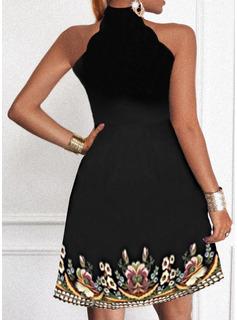 Floral Impresión Vestido línea A Sin mangas Mini Casual Patinador Vestidos de moda