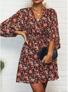 Blomster Print Kjole med A-linje 3/4 ærmer Mini Casual Ferie skater Mode kjoler